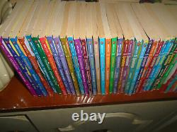 62 complete original set Goosebumps books-R. L. Stine -4 collectibles