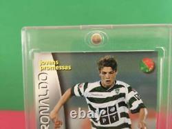 Cristiano Ronaldo RC ROOKIE 2002/03Panini Megacraques Portugal #137 CR7
