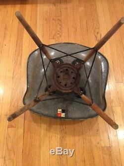 First Edition Eames Herman Miller Shell Chair C. 1949-1950