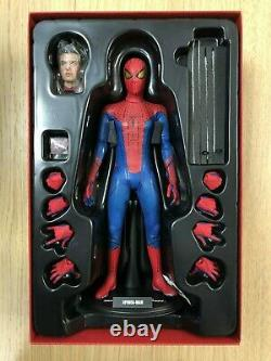 Hot Toys MMS 179 The Amazing Spiderman Spider-Man Andrew Garfield Figure USED