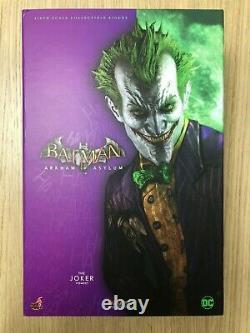 Hot Toys VGM 27 Batman Arkham Knight Joker 12 inch 1/6 Action Figure USED
