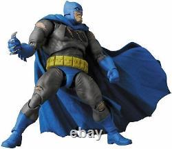 Mafex The Dark Knight Returns Triumphant Batman Action Figure No. 119
