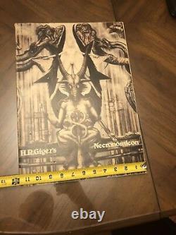 1ère Édition 1977 H. R. Giger Necronomicon Dali Edition