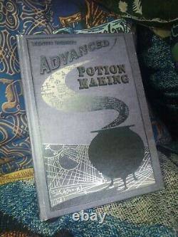 Harry Potter Book Advanced Potion Making Alarmheighteen Réplique Contenu Complet