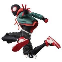 Sentinel Miles Morales Sv Action Figure 5 Pouces Spider-man Dans Le Verset De L'araignée